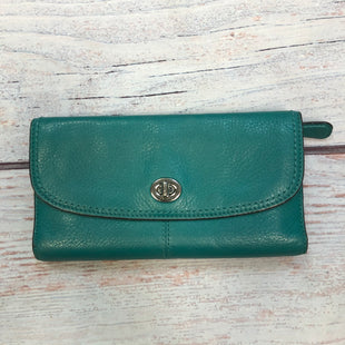 Primary Photo - BRAND:    CLOTHES MENTOR STYLE: WALLET COLOR: TEAL SIZE: LARGE OTHER INFO: TURN LOCK SKU: 178-178102-58840