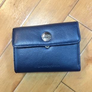 Primary Photo - BRAND: STONE MOUNTAIN STYLE: WALLET COLOR: NAVY SIZE: SMALL SKU: 178-178182-1204