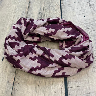 Primary Photo - BRAND: ADRIENNE VITTADINI STYLE: SCARF COLOR: PRINT OTHER INFO: PURPLE/ WHITE SKU: 178-178199-4964