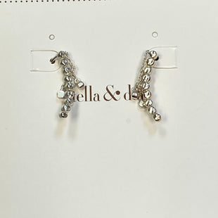 Photo #1 - BRAND: STELLA AND DOT STYLE: EARRINGS COLOR: SILVER OTHER INFO: CRYSTAL DROPS SKU: 178-178203-2520