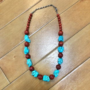 Primary Photo - BRAND:    CLOTHES MENTOR STYLE: NECKLACE COLOR: BLUE RED OTHER INFO: BLUE/RED STONES SKU: 178-17883-13841