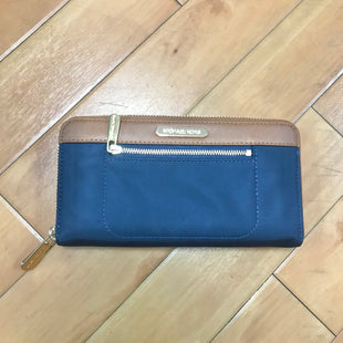 Primary Photo - BRAND: MICHAEL BY MICHAEL KORS STYLE: WALLET COLOR: NAVY SIZE: LARGE SKU: 178-178182-1659