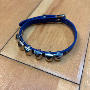 Primary Photo - BRAND: MICHAEL KORS STYLE: BRACELET COLOR: NAVY OTHER INFO: SILVER STUDS SKU: 178-178102-54707