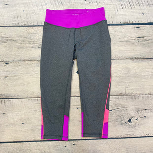 Primary Photo - BRAND: TEK GEAR STYLE: ATHLETIC CAPRIS COLOR: GREY SIZE: S SKU: 178-178160-15427