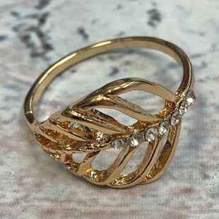 Primary Photo - STYLE: RING COLOR: GOLD OTHER INFO: 10 LEAF SKU: 178-178174-1688
