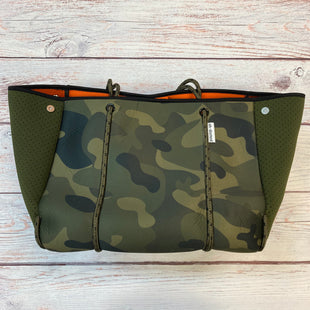 Primary Photo - BRAND:  AH DORNED STYLE: HANDBAG COLOR: CAMOFLAUGE SIZE: LARGE OTHER INFO: AH DORNED - $88-NEOPRENE MATERIAL SKU: 178-178102-59056