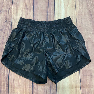 Primary Photo - BRAND: ATHLETA STYLE: ATHLETIC SHORTS COLOR: BLACK SIZE: XS OTHER INFO: TROPICAL LEAVES SKU: 178-17824-11464