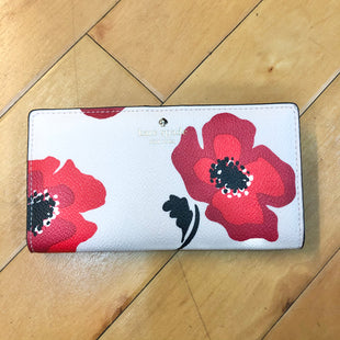 Primary Photo - BRAND: KATE SPADE STYLE: WALLET COLOR: FLORAL SIZE: MEDIUM OTHER INFO: LIGHT PINK W/ RED FLOWERS SKU: 178-17883-15388