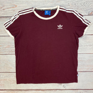 Primary Photo - BRAND: ADIDAS STYLE: ATHLETIC TOP SHORT SLEEVE COLOR: MAROON SIZE: M OTHER INFO: WHITE DETAIL SKU: 178-178212-4768