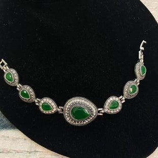 Primary Photo - STYLE: BRACELET COLOR: SILVER OTHER INFO: GREEN JEWELS SKU: 178-17853-902