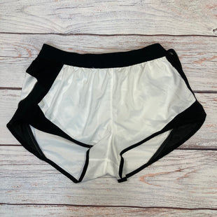 Primary Photo - BRAND: VICTORIAS SECRET STYLE: ATHLETIC SHORTS COLOR: WHITE BLACK SIZE: M SKU: 178-178212-4775