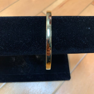 Primary Photo - BRAND: KATE SPADE STYLE: BRACELET COLOR: GOLD OTHER INFO: GOLD BAND/ HEART OF GOLD SKU: 178-178199-3090
