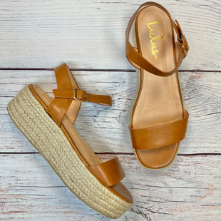 Primary Photo - BRAND: LULU STYLE: SANDALS LOW COLOR: CAMEL SIZE: 10 SKU: 178-178102-59130