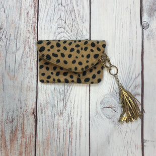 Primary Photo - STYLE: WRISTLET COLOR: ANIMAL PRINT OTHER INFO: FUZZY W/ CHARGER SKU: 178-178102-60761