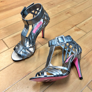 Primary Photo - BRAND: BETSEY JOHNSON STYLE: SHOES HIGH HEEL COLOR: SILVER SIZE: 6 SKU: 178-178200-117