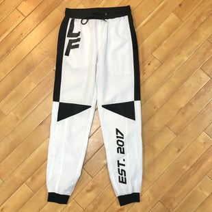 Primary Photo - BRAND: LOS ANGELES FITSTYLE: ATHLETIC PANTS COLOR: WHITE BLACK SIZE: S OTHER INFO: LOS ANGELES FIT - SKU: 178-178102-54218