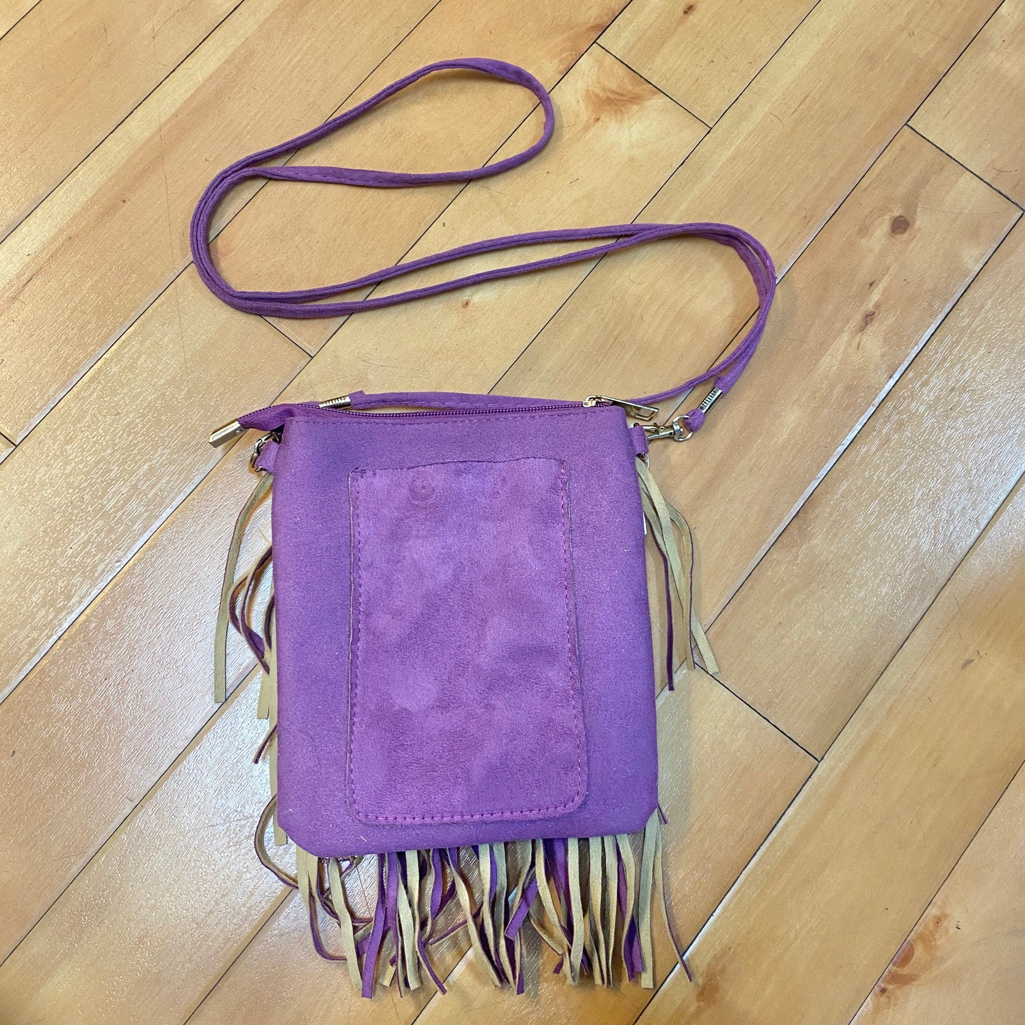 Photo #3 - BRAND:    CLOTHES MENTOR <BR>STYLE: HANDBAG <BR>COLOR: PURPLE <BR>SIZE: SMALL <BR>OTHER INFO: NEW! $28- CROSSBODY- TASSLES <BR>SKU: 178-17883-14274