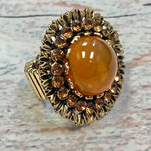 Primary Photo - STYLE: RING COLOR: YELLOW OTHER INFO: FLOWER WITH GEM IN MIDDLE SKU: 178-178174-1685