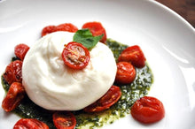 Load image into Gallery viewer, BURRATA 200GR SENZA TESTA - 90GRAMMI