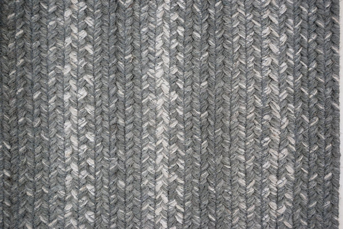 Braided Rug HS 27x45 Oval - Grey Cloud