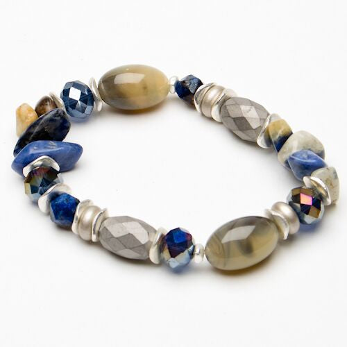 Eliza Gracious Blue beaded bracelet