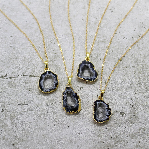 Mara Studio Mini Agate Slice Necklace