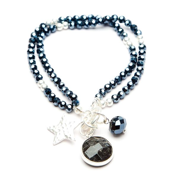 eliza-gracious-navy-beaded-charm-bracelet