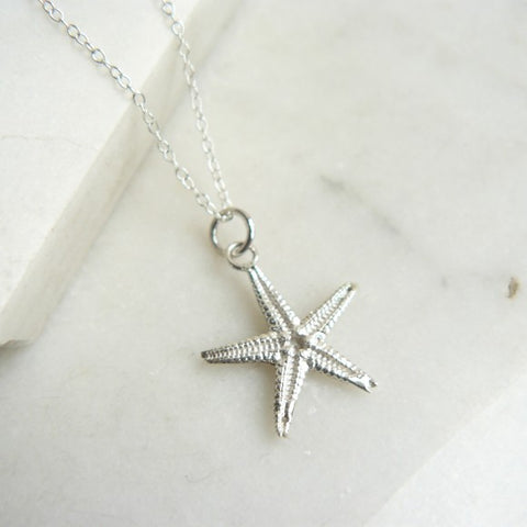lime-tree-design-silver-starfish-necklace