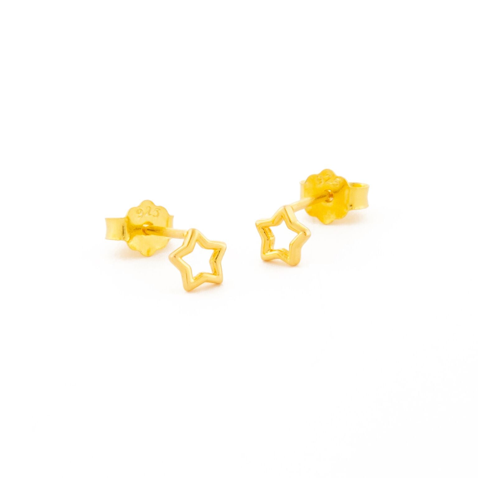 one-eight-gold-open-star-stud-earrings