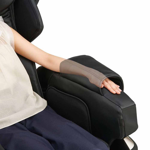 Image of Synca Kurodo Massage Chair - Massage Chairs Express