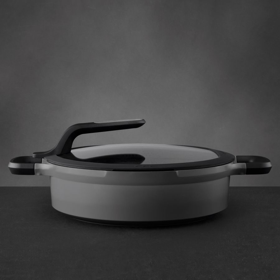 Covered stay-cool 2-handle sauté pan grey 28 cm - Gem