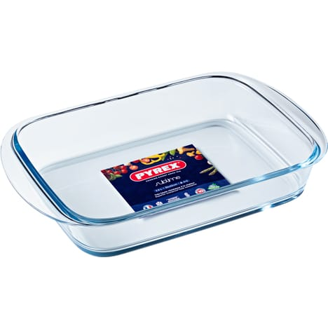 PYREX Rectangular glass baking dish