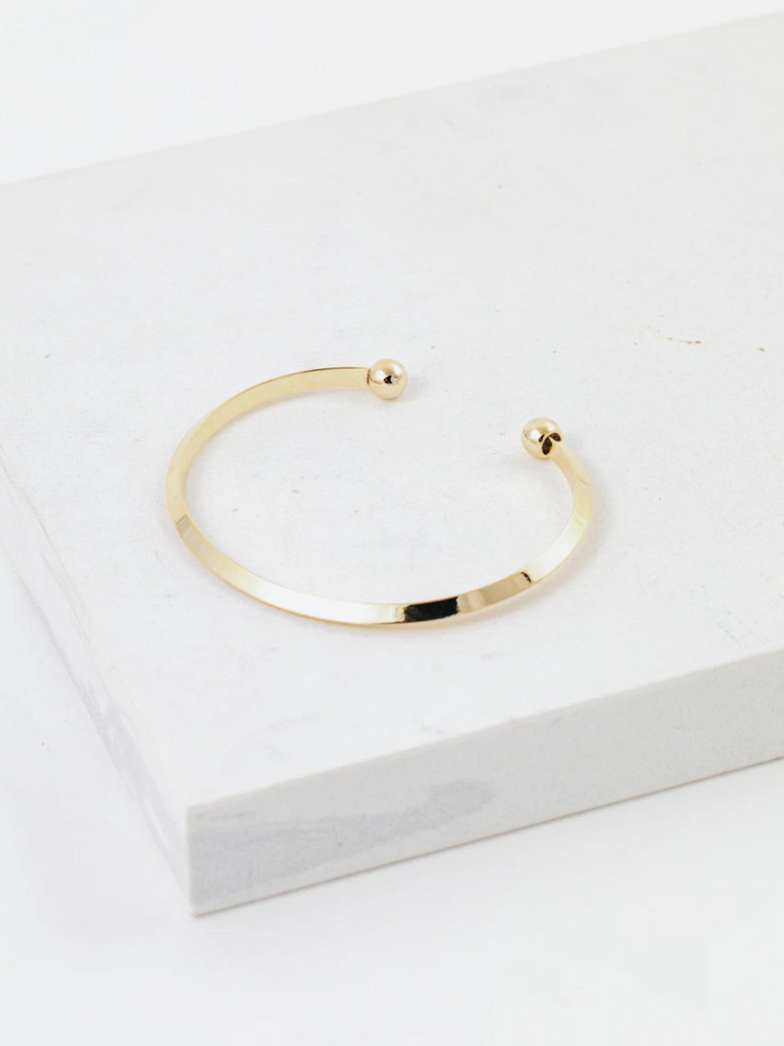 Lover's Tempo Hemisphere Bangle
