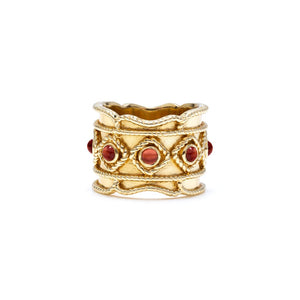 Victoria Ring Gold, with Garnet, size 6