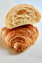 Load image into Gallery viewer, CROISSANTS
