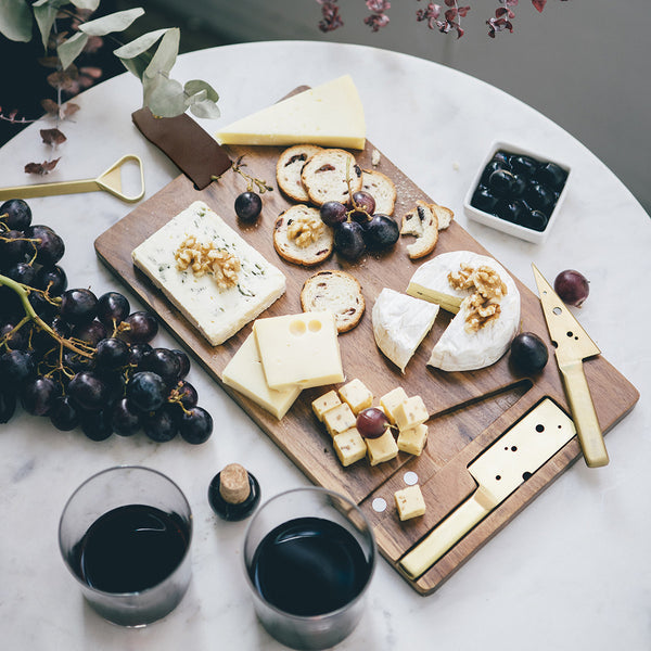 DOIY Cheeseporn Cheese Board
