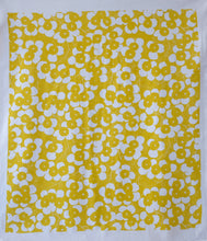 Load image into Gallery viewer, Raoul Tea Towel - Flowers