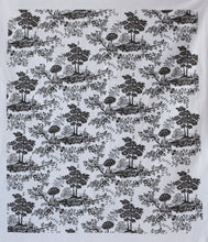 Load image into Gallery viewer, Raoul Tea Towel - Toile