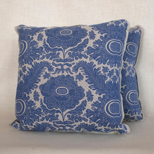 Pair of Ananas Indigo Pillows