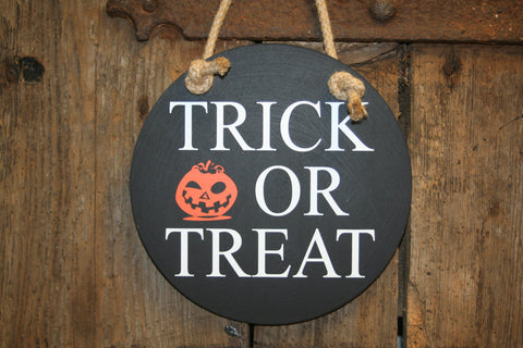 Trick or Treat (Black with White)