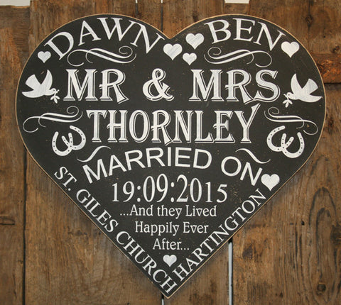 Chalkboard - Mr & Mrs 'Personalised' - Extra Large Heart - 500 x 460 mm