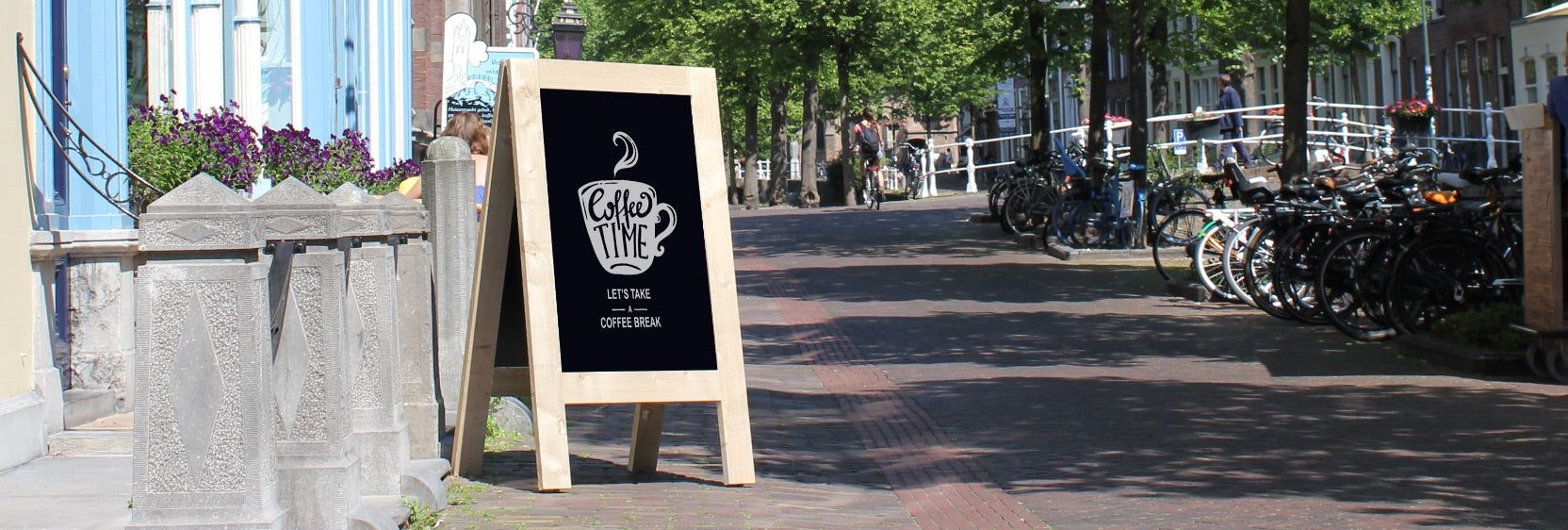 Neutral Pavement Signs at display-sign.co.uk