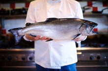 Load image into Gallery viewer, Fresh Organic Chinook Salmon - 1lb side-finsathome