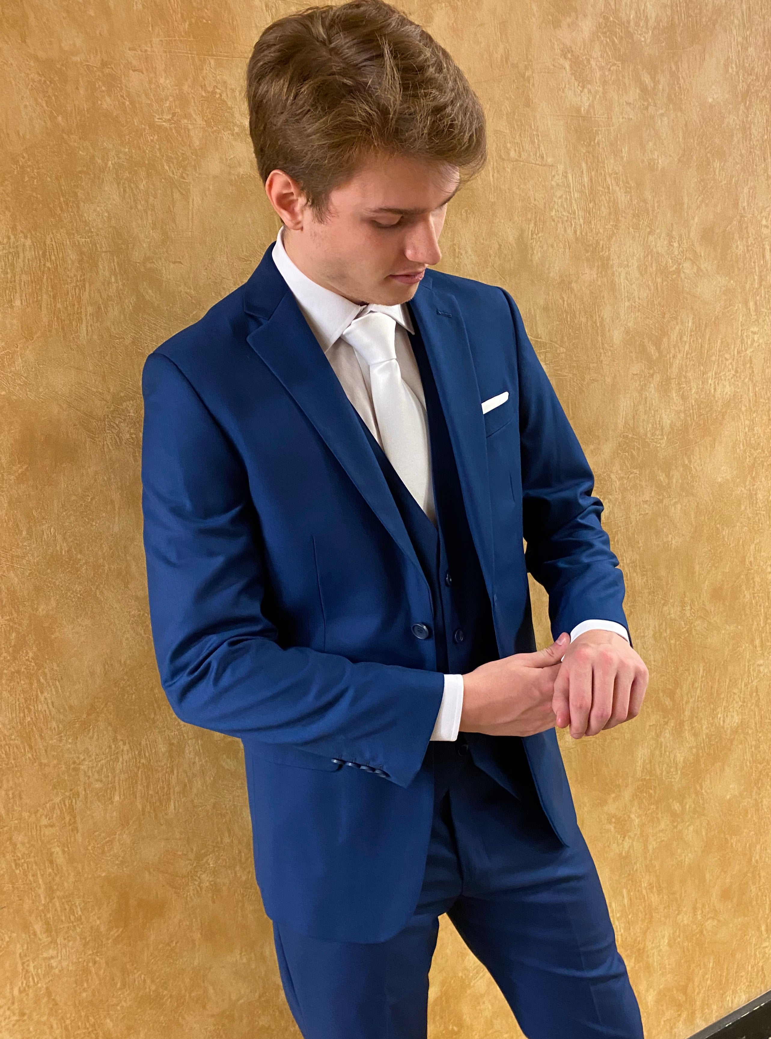 Tall Men's Modern Fit Suits