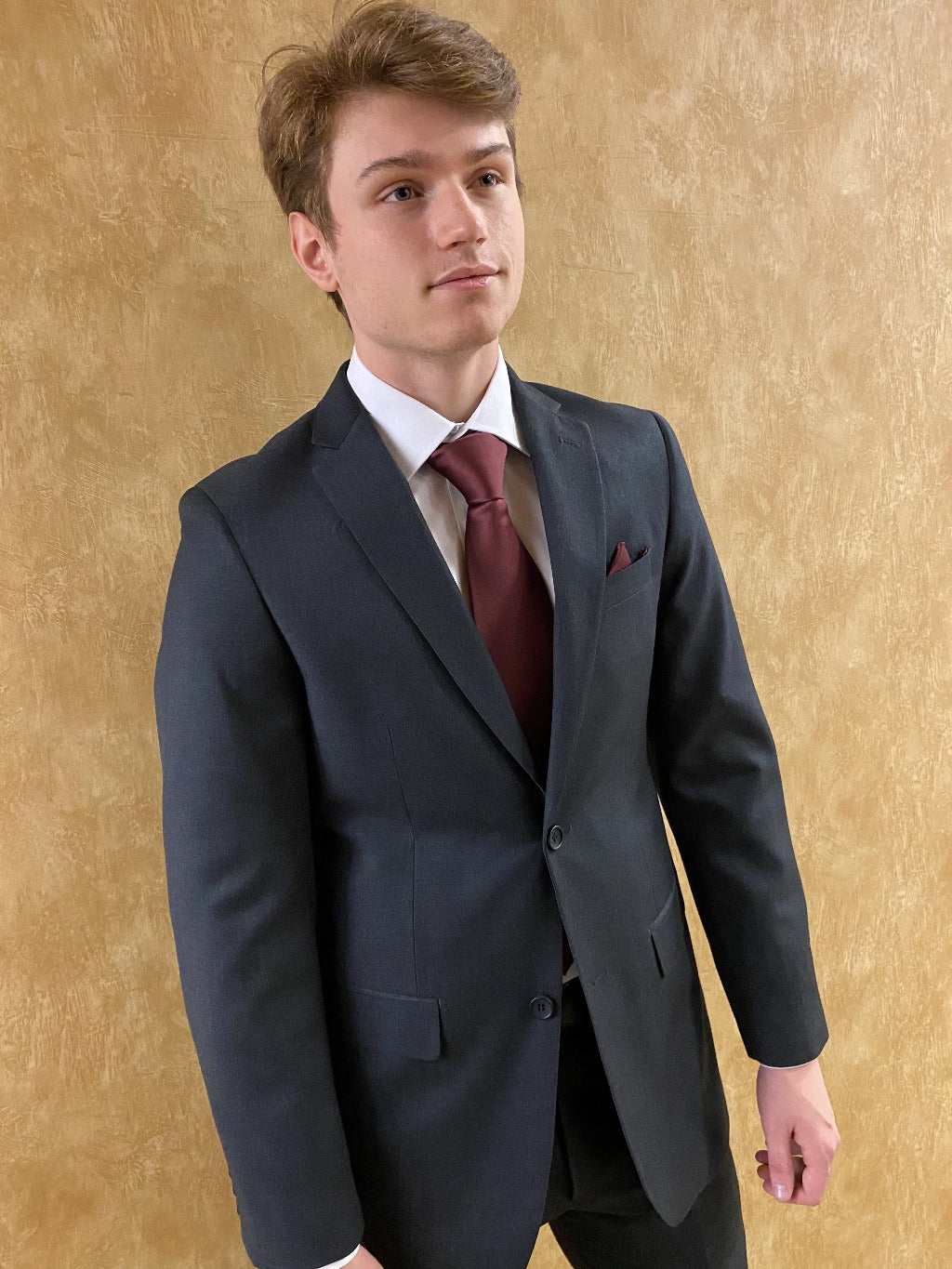 Men's 2 or 3 piece suits by Giorgio Fiorelli