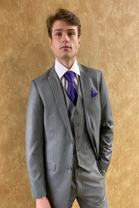Men's Classic 2 or 3 piece suit by Giorgio Fiorelli