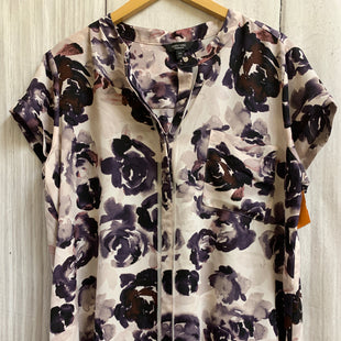 Primary Photo - BRAND: SIMPLY VERA STYLE: TOP SHORT SLEEVE BASIC COLOR: LILAC SIZE: 1X OTHER INFO: FLORAL SKU: 150-150119-10058BUTTON DOWN