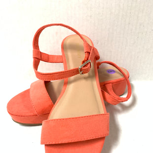 Primary Photo - BRAND: OLD NAVY STYLE: SANDALS LOW COLOR: ORANGE SIZE: 8 SKU: 150-15047-139046