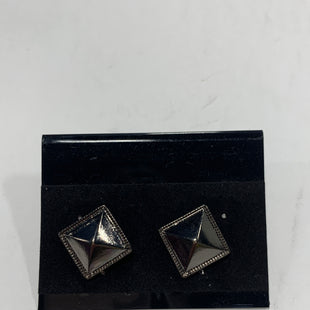 Primary Photo - BRAND:    CLOTHES MENTOR STYLE: EARRINGS COLOR: MULTI SKU: 150-150112-24619