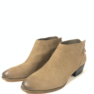 Primary Photo - BRAND: CASLON STYLE: BOOTS ANKLE COLOR: TAN SIZE: 8.5 OTHER INFO: AS IS SKU: 150-15098-38129SUEDE